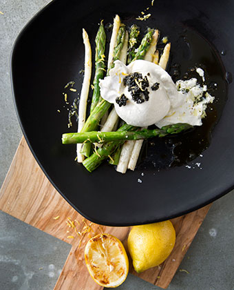 white and green grilled asparagus